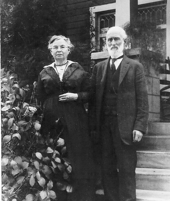 David and Rowena Welty in front of their Escondido home. Photo courtesy of the Escondido History Center.