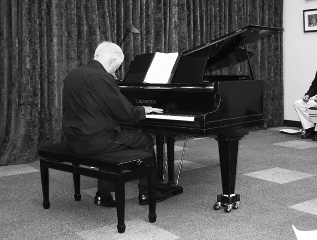 George Vickrey was one of four pianists who helped dedicate the Bechstein Grand Piano at the April 12 concert at the Valley Center Library.