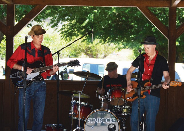 Red Raucous was one of the many top of the line bands that played at the MusicFest at Bates Nut Farm. The concert was put together by Jimmie Cline of Cattle Call Productions.