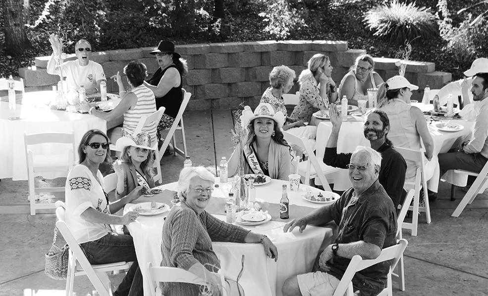 The sumptuous Boulos estate, Black Walnut Creek, was the scene for June's Chamber of Commerce Sundowner.
