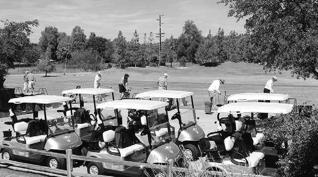 Shotgun start at last year's Kiwanis golf tournament.