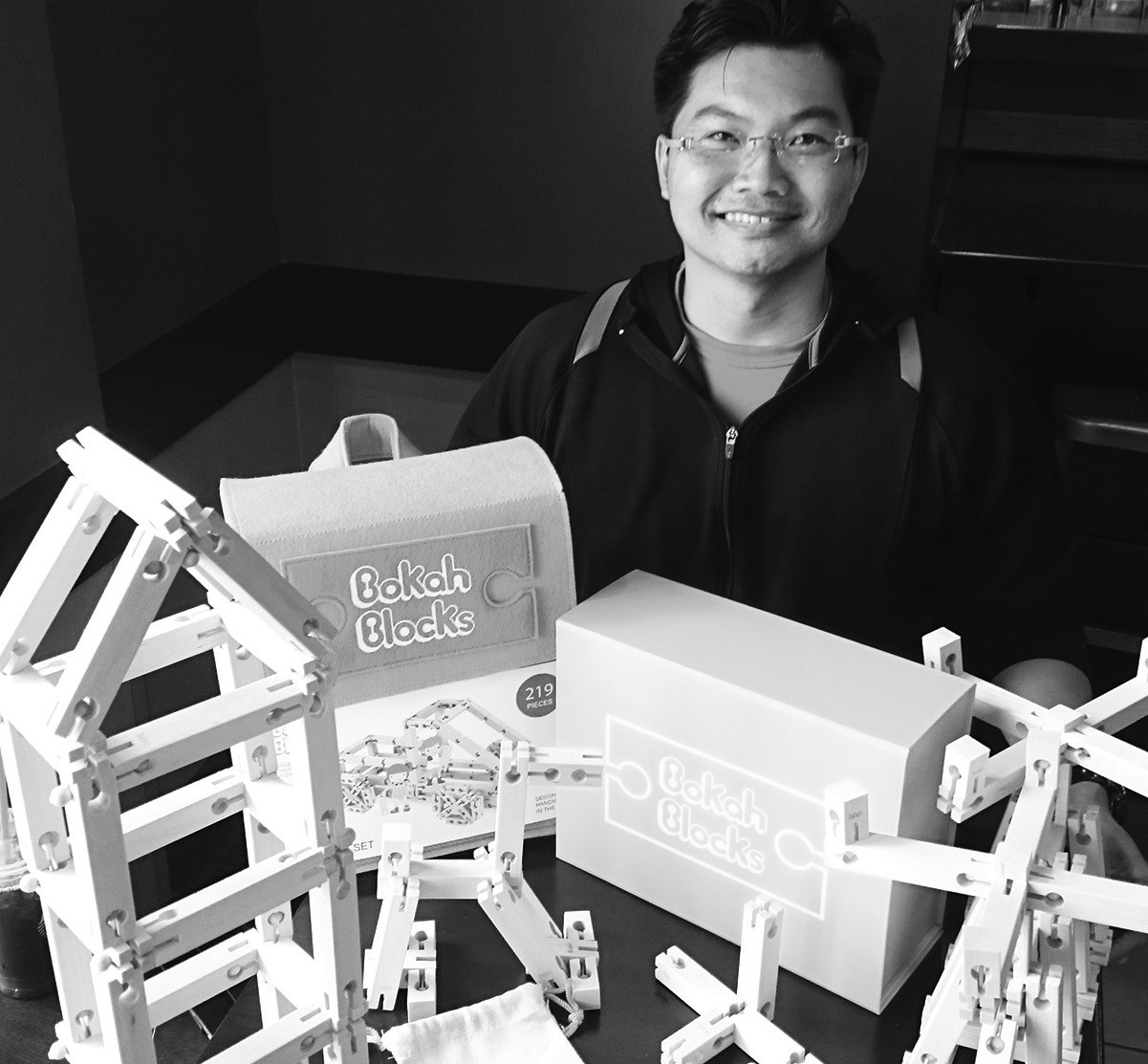 Creator, Vinh Phamdo, displaying his Bokah Blocks.