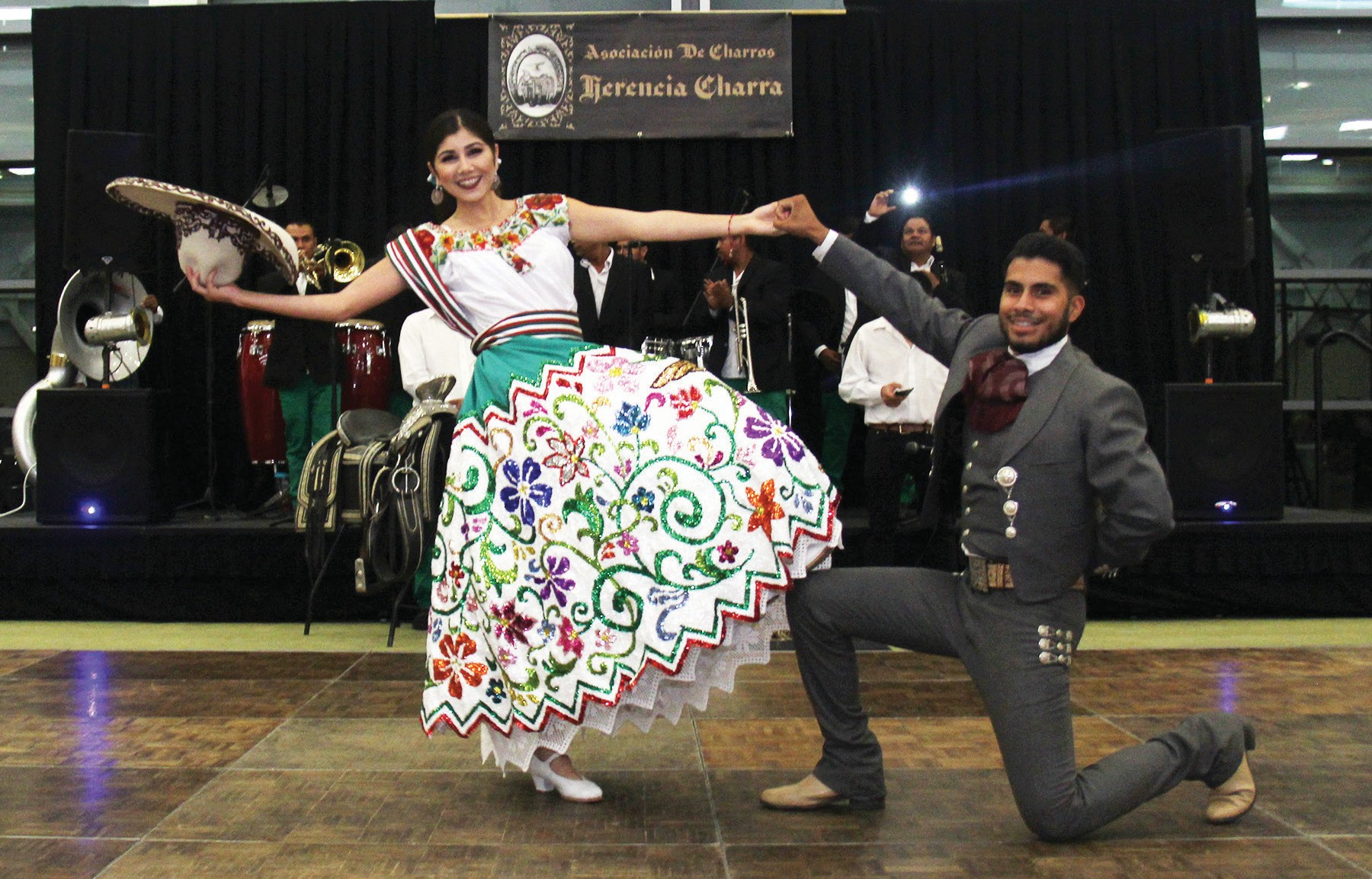 Kassandra Trujillo and Miguel Bautista dancing El Jarabe Tapatilo