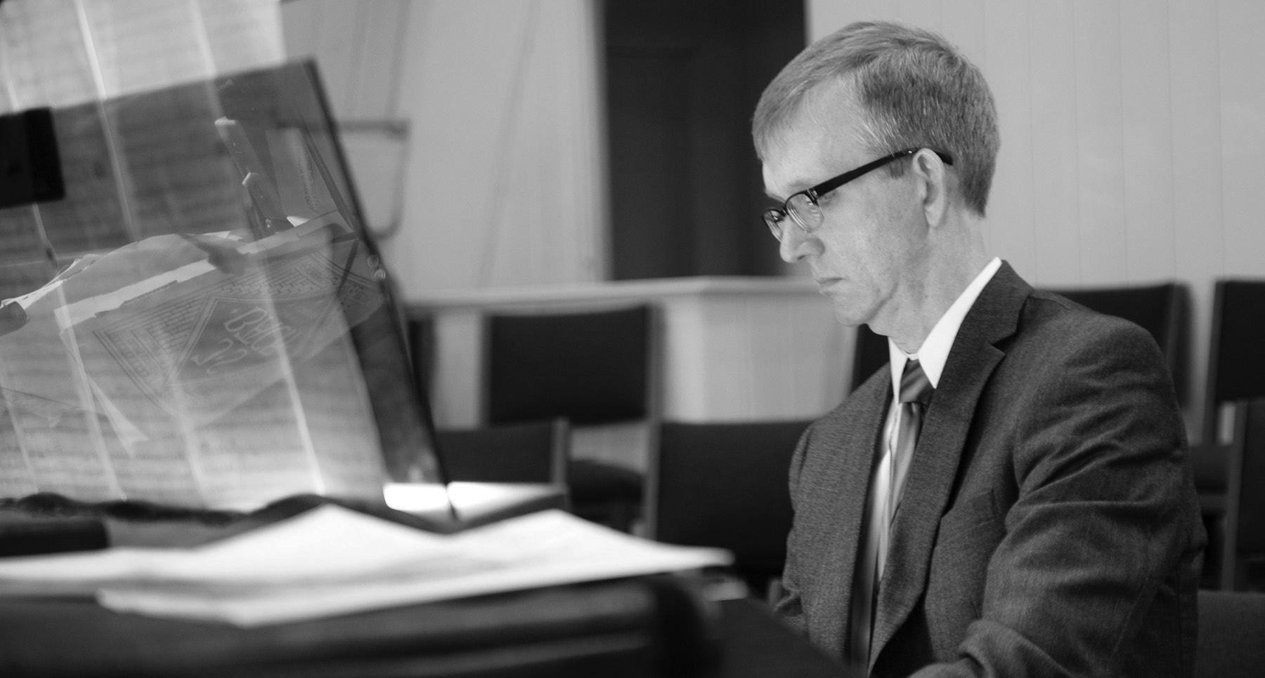 Dr. Michael D. Munson