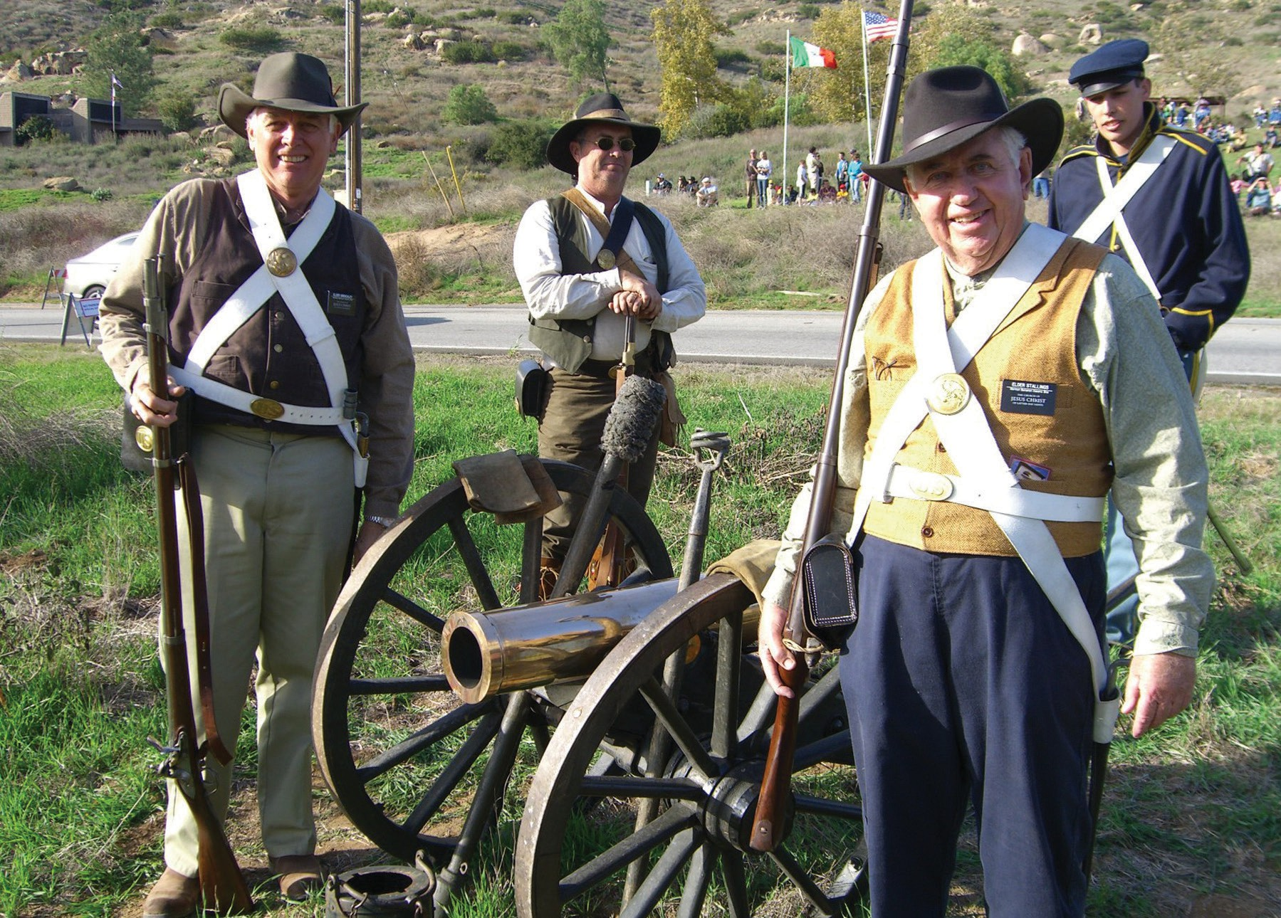 Re-enactors, in period attire with historically accurate cannon. Courtesy of The Brenchley Bunch blog.