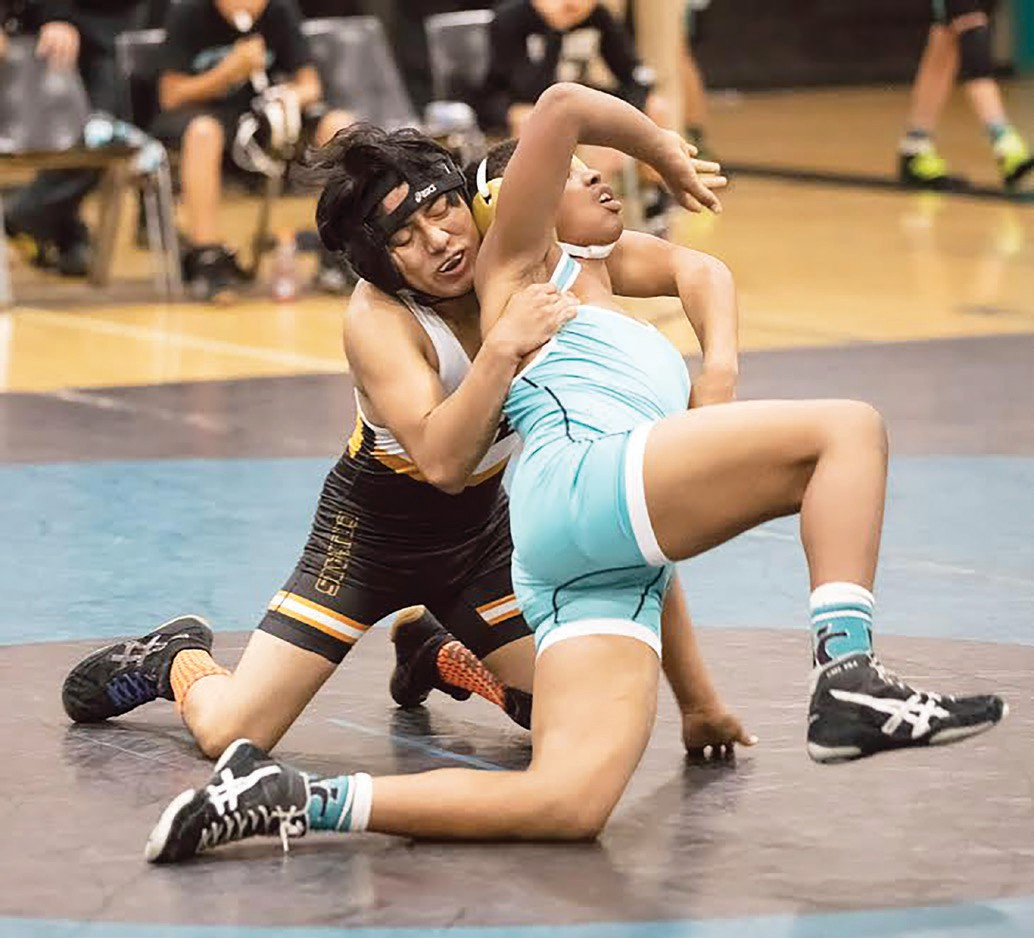Escondido veteran Anthony Reyes put his experience to good use during his technical fall victory over Jeremy Gray. Photos by Lenny Kerbs