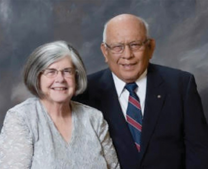 Delisle and Lois Calac will be honored at the annual Rotary fundraiser.